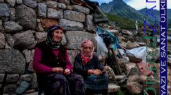Anne ve Mutluluk / Mustafa Işık